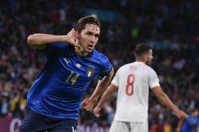 Chelsea make club-record bid for Euro 2020 winner