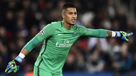 Chelsea plot move for PSG goalkeeper