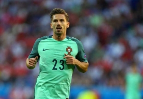 Leicester eyeing Adrien Silva move