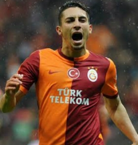 Chelsea have bid rejected for Alex Telles