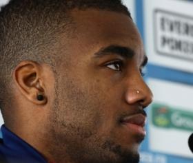 Newcastle United eye move for Lyon striker