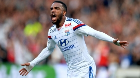 Arsenal plan £250k a week deal for French striker