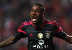 Man United to return for Benfica attacker