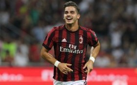 Arsenal eyeing move for AC Milan striker?