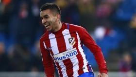 Inter Milan make bid for Angel Correa