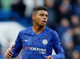 Chelsea agree five-year contract with emerging star