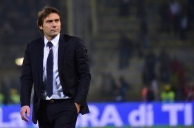 Antonio Conte reacts to Arsenal draw
