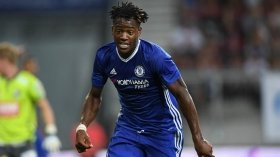 Michy Batshuayi dismisses Chelsea exit talk