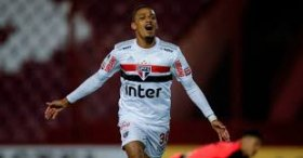 Arsenal priced out of move for Brazilian starlet