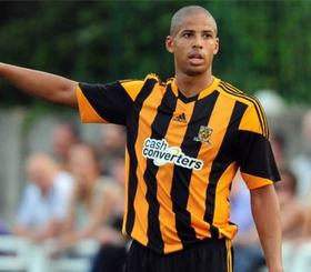Everton line up move for Curtis Davies