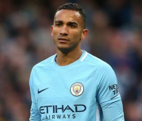 Leicester City eye move for Man City defender Danilo