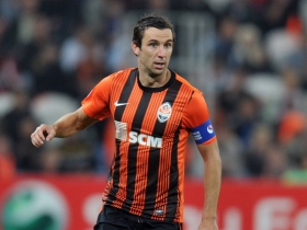 Barcelona explore Srna deal