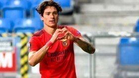 Manchester City want Uruguayan star as Sergio Aguero successor