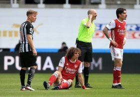 Arsenal missing key defender for Chelsea clash
