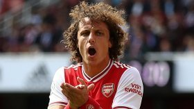 Paul Merson says David Luiz should be the new Arsenal captain