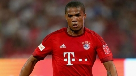 Douglas Costa news