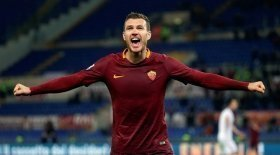 Manchester United identify Roma striker as top January target?