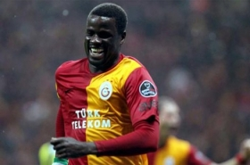Emmanuel Eboue eyeing Arsenal return