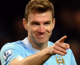 Arsenal monitoring Edin Dzeko