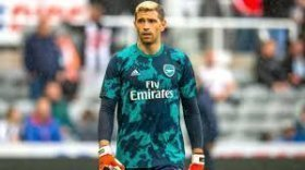 Arsenal open to selling Emiliano Martinez?