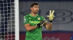 Manchester United to sign former Arsenal goalkeeper?