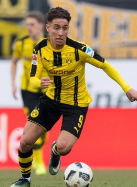Premier League duo chasing Borussia Dortmund starlet