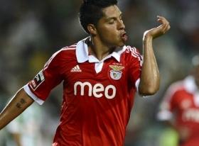 Valencia agree deal for Man Utd target