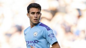 Barcelona to prioritise signing of Manchester City star