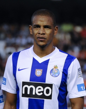Manchester City prepare £14.5m bid for Porto star