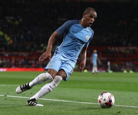 Galatasaray complete signing of Fernando from Manchester City