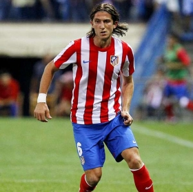 Chelsea to trigger Filipe Luis release clause