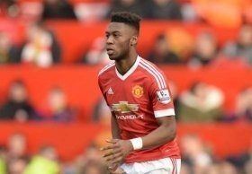 Fosu-Mensah seals long-term deal at Man Utd