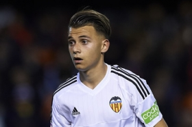 Fran Villalba inks new Valencia contract