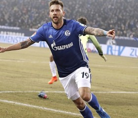 Everton to solve striker crisis with move for Burgstaller?