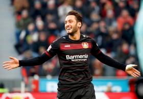 Calhanoglu undergoes medical ahead of move to AC Milan