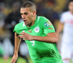 Leicester keeping tabs on Islam Slimani