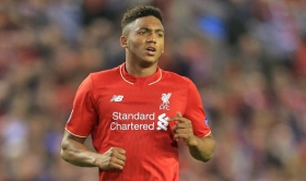Liverpool begin contract talks with England international