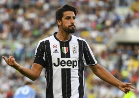 Sami Khedira to delay MLS move