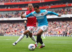 Kieran Gibbs tipped to leave Arsenal