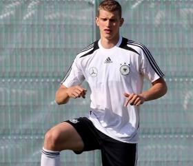 Arsenal to make renewed offer for Lars Bender