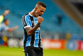 Liverpool bid for Gremios Luan?