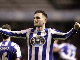 Lucas Perez to remain at Arsenal - Agent