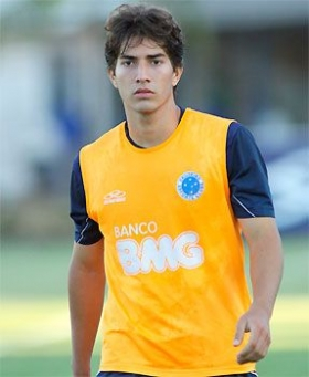 Arsenal keen on Lucas Silva?