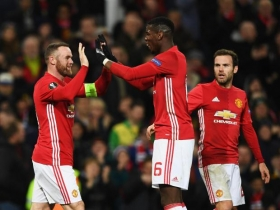 Manchester United overcome late scare to reach Europa League final
