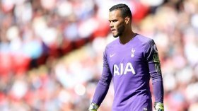 Liverpool to sign ex-Premier League goalkeeper?