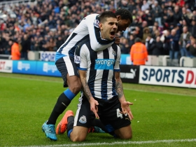 West Ham, Crystal Palace target Mitrovic