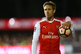 Arsenal want Ajax defender to replace Nacho Monreal?