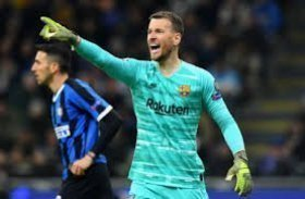 Arsenal want Barcelona goalkeeper after Bernd Leno injury