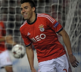 Man Utd to complete Gaitan deal