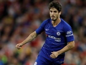 Chelsea confirm departure of Lucas Piazon